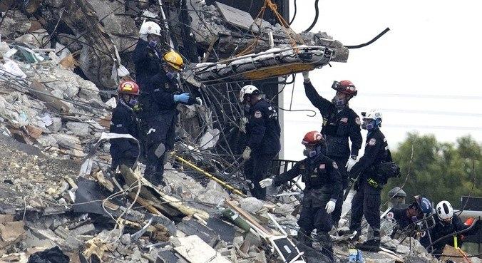 Sete corpos foram encontrados nas buscas noturnas. 43 continuam desaparecidos