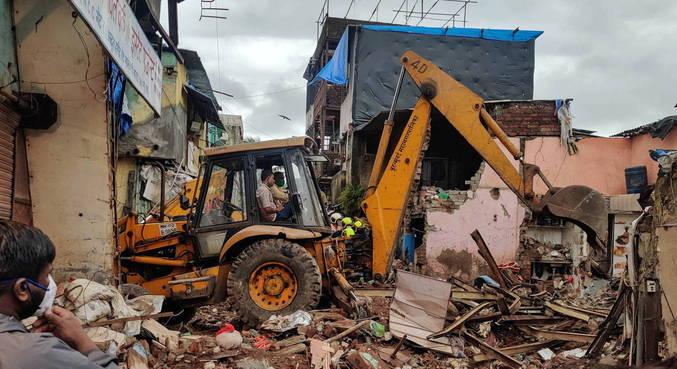Desabamento de prédio em Mumbai, na Índia, deixa 11 mortos