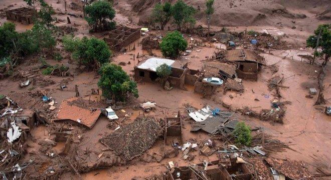 Rompimento de barragem da Samarco, em Mariana, matou 19 pessoas em 2015