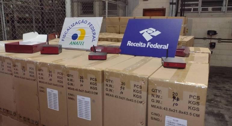 Desbloqueadores de TV a cabo apreendidos no Porto de Santos