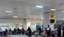 Último voo vindo do Reino Unido passa por fiscalização em SP