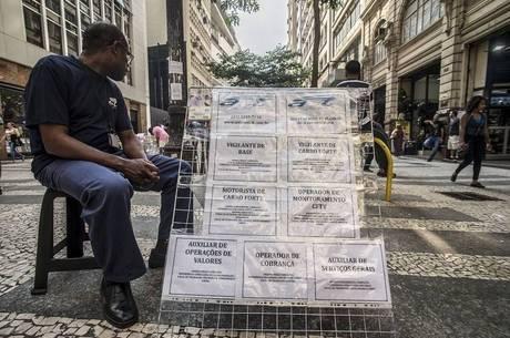 Brasil tem 27,6 milhões de pessoas mal aproveitadas