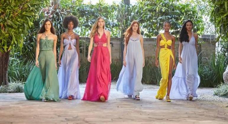 Desfile virtual solidário mostrou nova coleção de roupas para o verão 2022