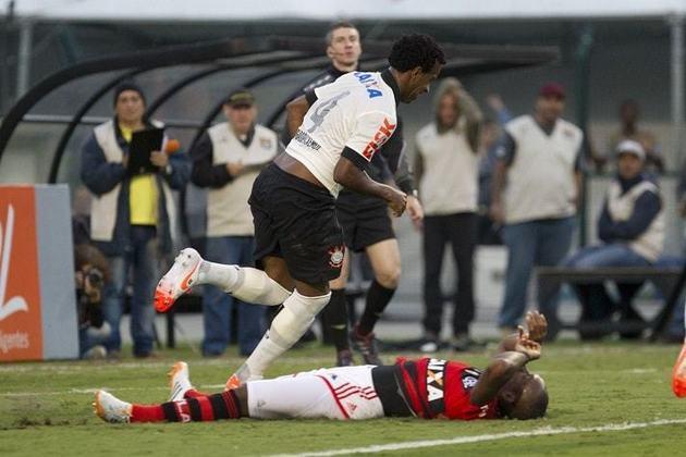 Despedida do Pacaembu para a Arena - Brasileirão-2014 - Corinthians 2 x 0 Flamengo - gols de Guilherme e Gil (27/4/2014)