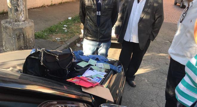 RGs falsos apreendidos com membro da quadrilha que desvia medicamentos