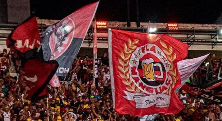 Detentor da maior média de público pagante em 2019, com 50.612 em 29 jogos no Maracanã, o Flamengo teve o sexto ticket médio mais caro entre os dez: 44 reais.