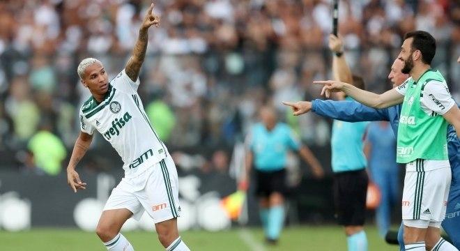 Deyverson fez o gol da vitória que deu o título brasileiro ao Palmeiras 3e77c4db13b0a