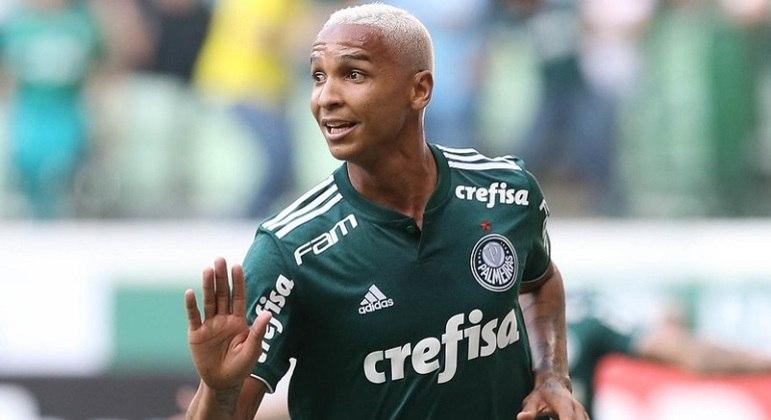 Deyverson chegou ao Palmeiras em 2017 e está emprestado atualmente ao Alavés, da Espanha