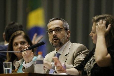 MPF processa Abraham Weintraub, ministro da Educação