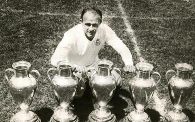 Di Stéfano: Com 49 gols em 58 partidas, Di Stéfano jogou a Champions somente pelo Real Madrid, clube onde se tornou ídolo.