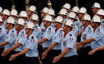 Em 2020, no auge da pandemia de covid-19, o desfile de 14 de julho foi cancelado, algo que não acontecia desde a Segunda Guerra Mundial, e em vez disso houve uma cerimônia na Place de la Concorde