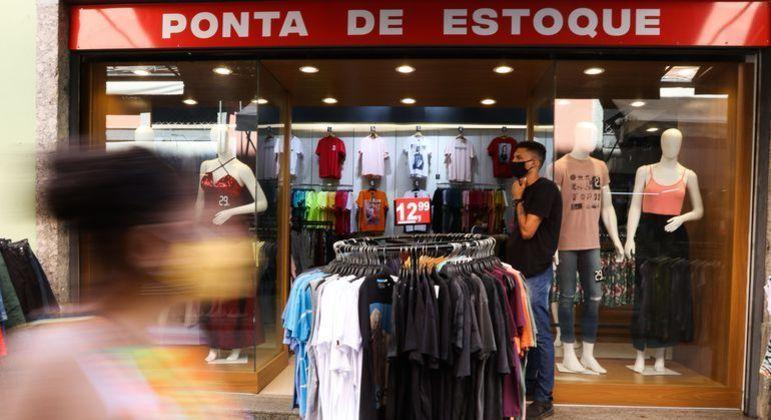 Lojas tentam aproveitar Dia das Mães para impulsionar vendas e se recuperar das restrições