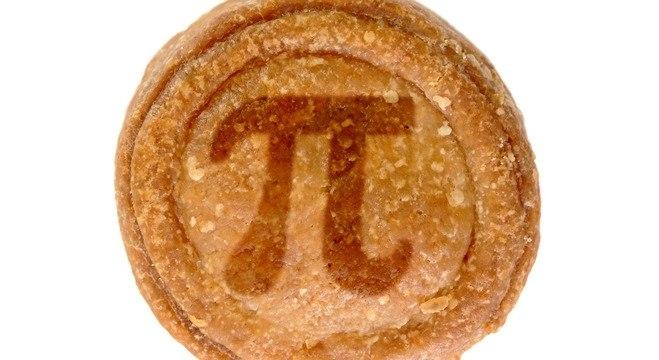 Comer torta de maça é uma tradição para celebrar o dia do Pi