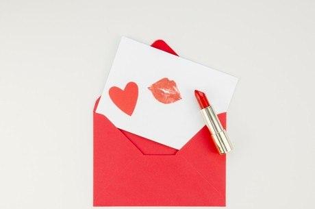 Cartas românticas não custam nada e são um presentão!