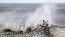 Italo Ferreira ganha primeiro ouro do surfe e do Brasil na Olimpíada