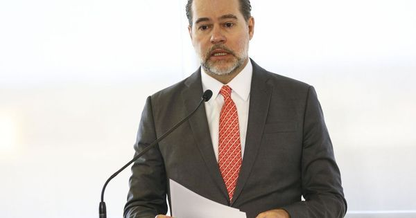 Toffoli suspende execução de dívida milionária de MG com a União