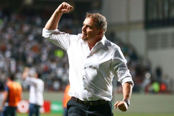 São Paulo acerta com o técnico Diego Aguirre para substituir Dorival Júnior