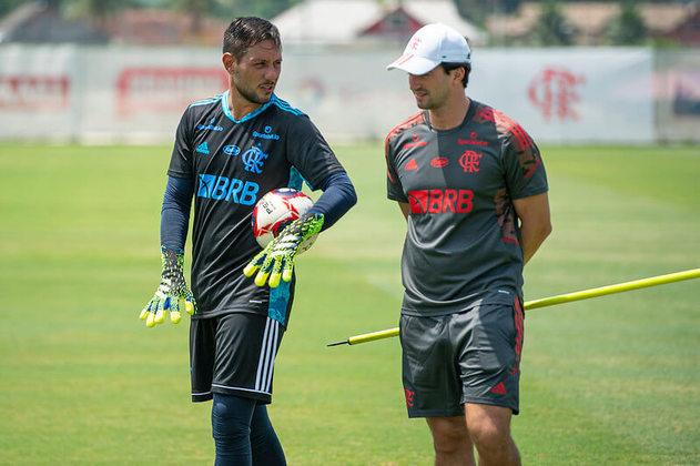 Diego Alves e Charles Hembert