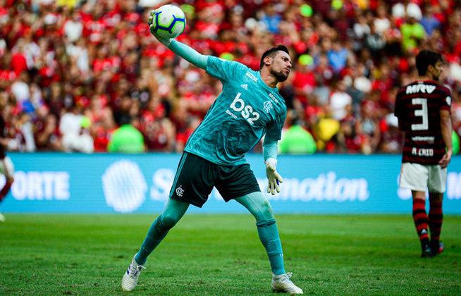 Diego Alves - Goleiro - Flamengo - Estreia na Seleção Brasileira: 10/11/2011 - Clubes na Europa: Almería e Valência