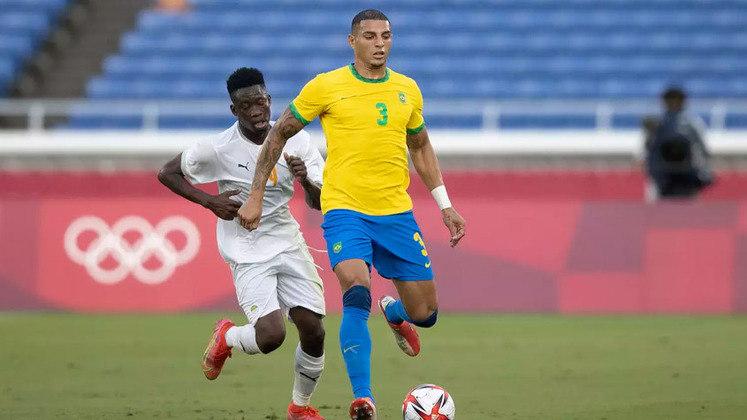 DIEGO CARLOS (Z, Sevilla) - Cresceu no decorrer da Olimpíada e teve boas atuações no Sevilla. Já foi requisitado por Tite antes.