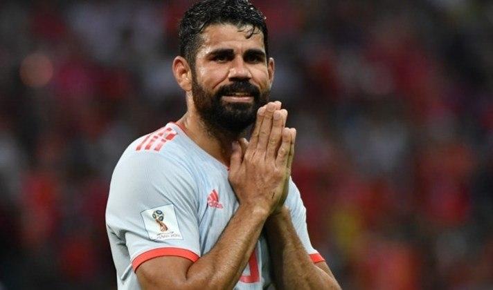 Diego Costa nasceu na cidade de Lagarto, em Sergipe, e foi para o futebol espanhol em 2007. Se naturalizou em 2013 e já defendeu a Espanha em duas Copas do Mundo (2014 e 2018)