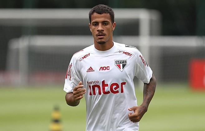 Diego, de 21 anos, é zagueiro do São Paulo e tem contrato até dezembro de 2022, com valor de mercado de 1,8 milhão de euros (R$ 11,8 milhões).