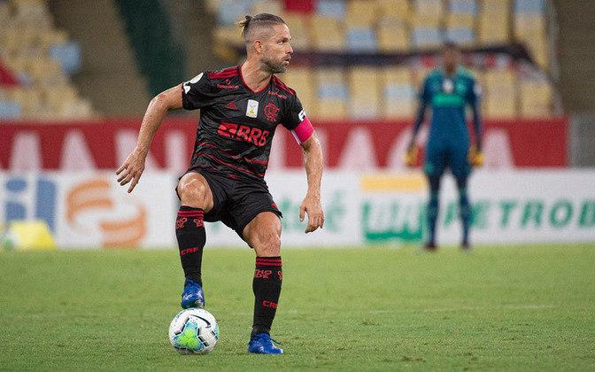 Diego Ribas - Meia - 36 anos - Contrato até 31/12/2021
