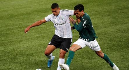 Diego Souza foi muito marcado por Gustavo Gómez