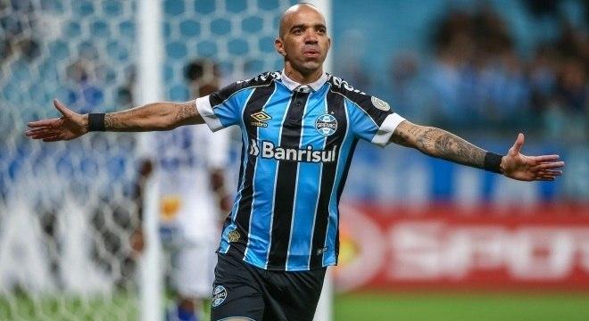 Diego Tardelli será o centroavante da equipe na partida contra o Vasco