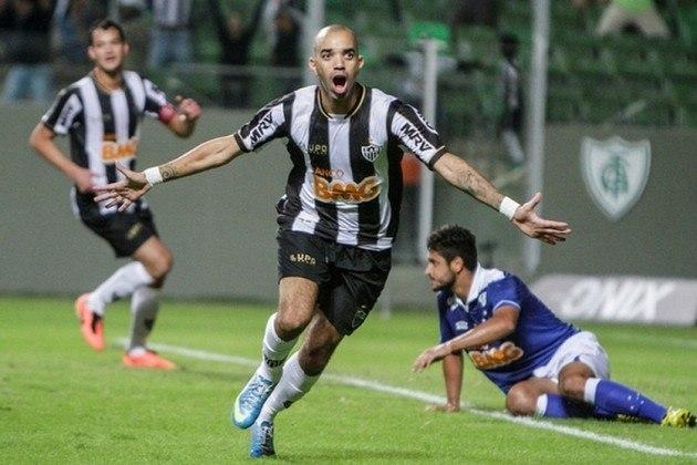 Diego Tardelli, de 35 anos, tem vínculo com o Atlético-MG até o final de fevereiro de 2021 e já pode assinar um pré-contrato com outro clube.