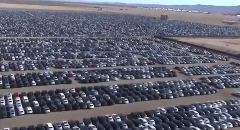 Mais de 350 mil veículos em pátio da Volkswagen após divulgação do escândalo do Dieselgate