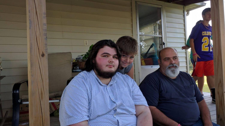 Dylan Wall pesava 190 quilos quando se formou no ensino médio