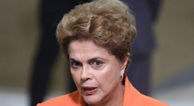 A ex-presidente Dilma Rousseff (PT), que passou por um cateterismo nesta quarta-feira