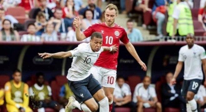 Dinamarca x França - Mbappé