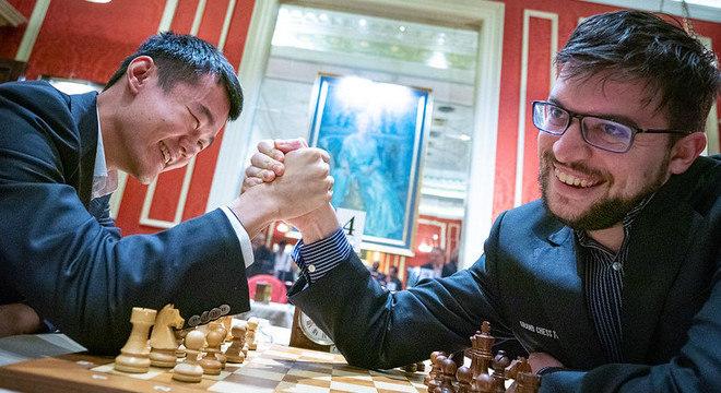 Ding Liren e Vachier-Lagrave, num duelo de 2019