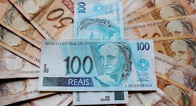 Rendimento adicional deve ser de R$ 2.451