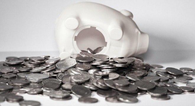 Brasileiros não têm o hábito de falar sobre dinheiro e não planejam os gastos