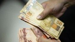Nova pesquisa eleitoral e gastos no exterior marcam a segunda-feira no Brasil ()