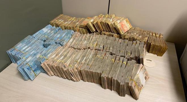 Em um ano e meio, os suspeitos movimentaram R$800 milhões
