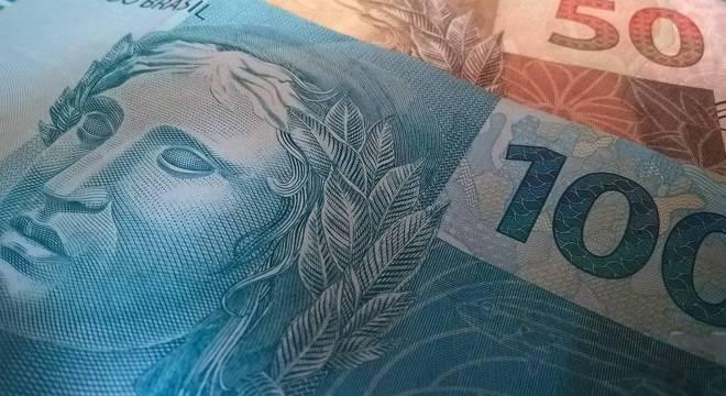 Dependente de preso recebe R$ 1.292,43 mensais