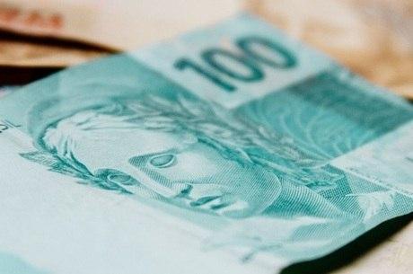 A média é de R$ 1.000 por conta