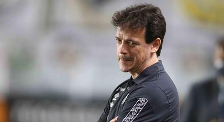 Fernando Diniz venceu 1º jogo pelo Santos
