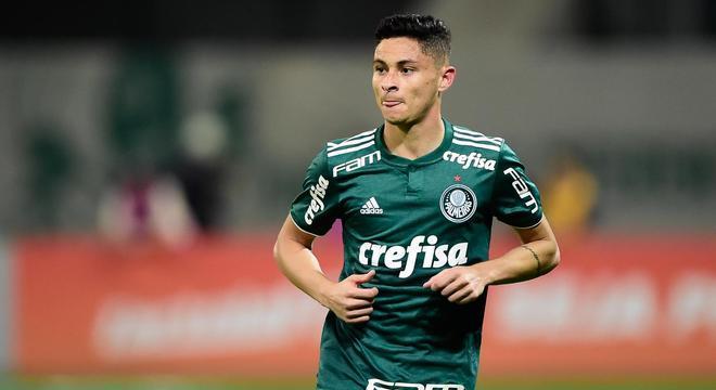 Diogo Barbosa não conseguiu se firmar no Palmeiras. Não resistiu à pressão