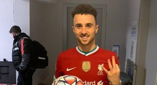 Diogo Jota, do Liverpool, três gols na Atalanta, em Bérgamo