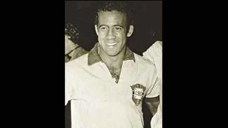 Dirceu Lopes: Dirceu se destacou no Cruzeiro, clube onde se tornou ídolo. Na Copa de 70, estava nos planos para ser convocado, porém não teve espaço.