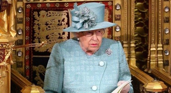 Rainha Elizabeth tem 97 anos e ficará reclusa no Castelo de Windsor