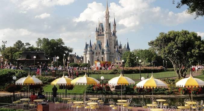Bilhetes aéreos para Orlando (EUA) estão 33% mais em conta