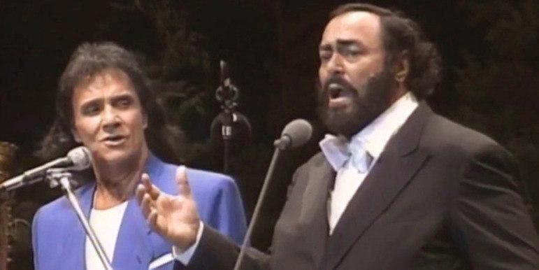 Diversos shows de Roberto Carlos foram realizados em estádios pelo país afora. Um dos mais marcantes aconteceu em 1998. O Beira-Rio recebeu o encontro do grande cantor com o tenor Luciano Pavarotti. Após terem intercalado blocos com canções de seus respectivos repertório, a dupla se uniu e interpretou