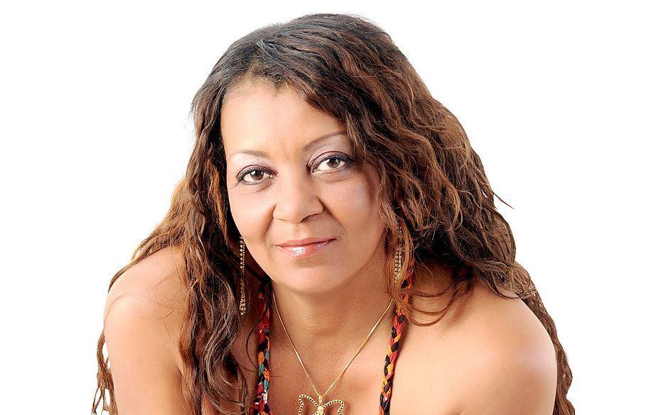 Morre em Salvador a cantora Nira Guerreira, 'Rainha do Arrocha'