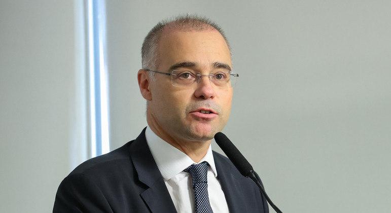 André Mendonça terá de passar por alguns obstáculos para conseguir a vaga no STF
